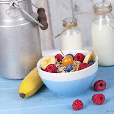 desayuno-lácteos-cereales y frutas