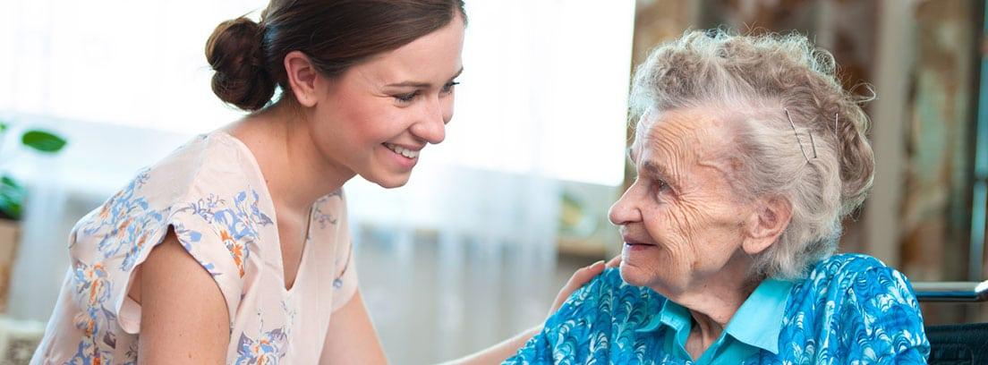 Recomendaciones para pacientes de deteriro cognitivo y sus cuidadores: Cuidadora de persona mayor