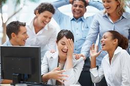 grupo de personas en reunión