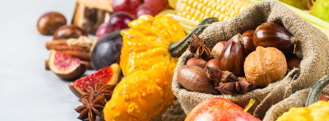 alimentos de otoño, calabaza, castañas, maiz