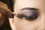 cuidado contorno de ojos-maquillaje