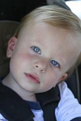 Salud Niño. Monográficos infantiles. Seguridad en el automóvil
