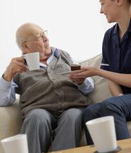 Salud Mayores. Los servicios sociales para personas mayores. Servicios sociales y sociosanitarios