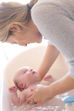Cuidado-bebé-baño