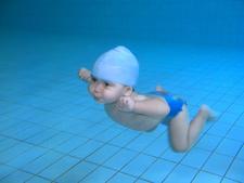 Vida sana-Bienestar-Deporte y salud-Ejercicio en el agua