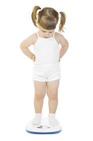 Niño obsesionado peso