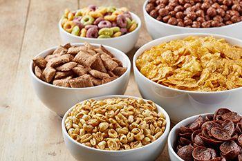 variedad de cereales del desayuno