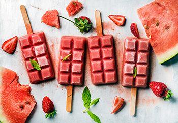 helados caseros de fresa y sandia