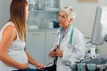 Mujer- embarazo de alto riesgo