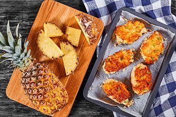 Recetas festivas con alimentos de dieta, piña y pavo
