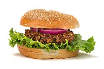 Formas diferentes de comer legumbres hamburguesa de lentejas