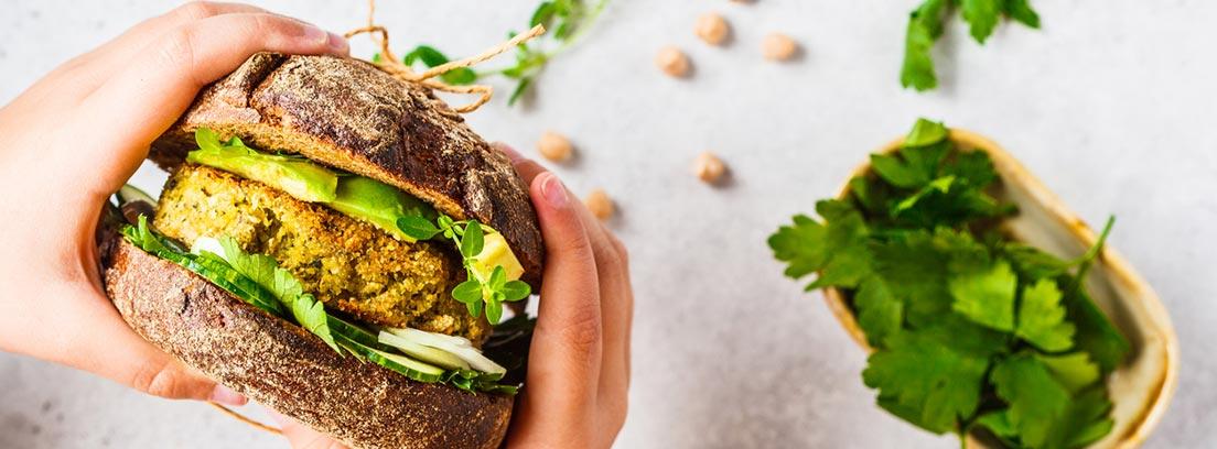Recetas veganas muy iguales a las tradicionales: hamburguesa vegana