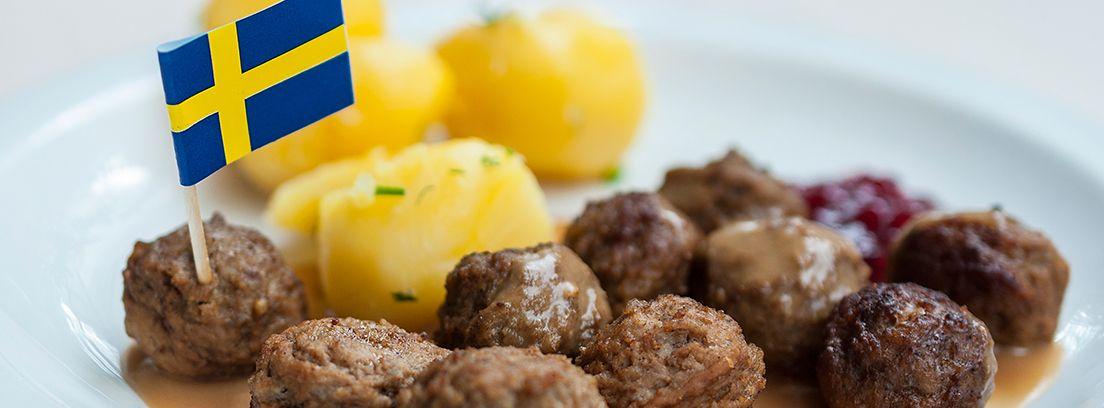 Kötbullar, plato típico sueco