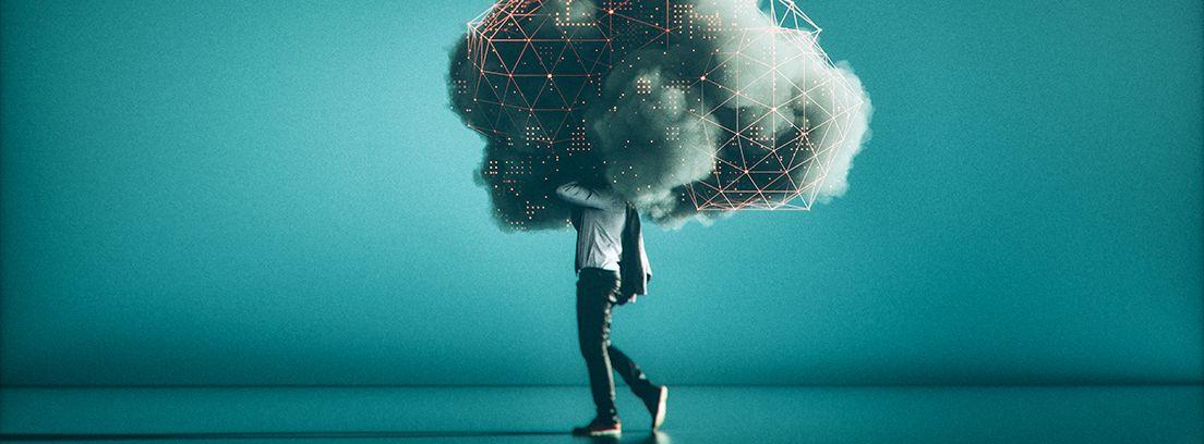 hombre con la cabeza tapada por una nube