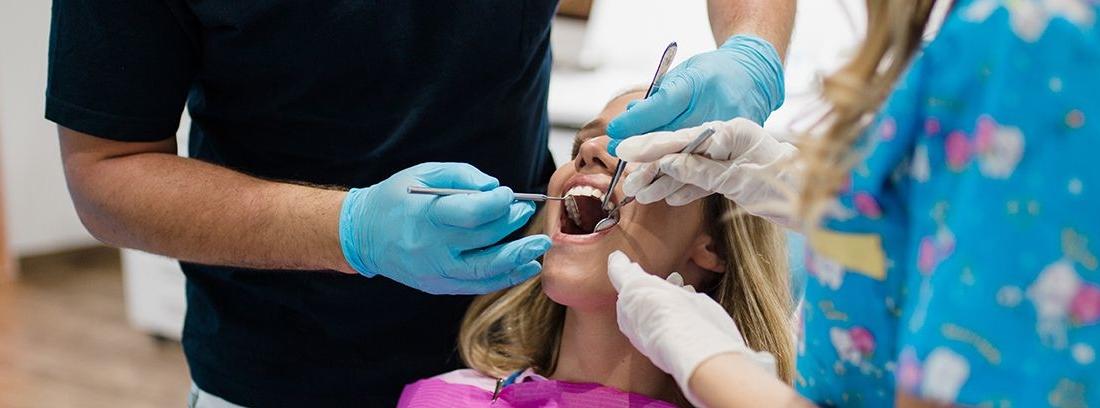 paciente realizándose una endodoncia