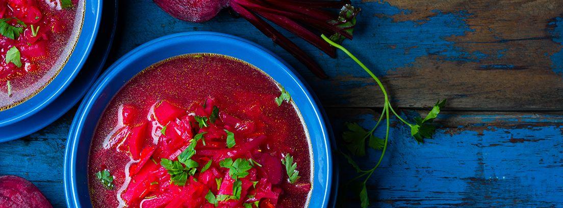 plato típico de Rusia, sopa borsh