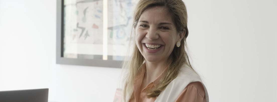 Primer plano de la conocida psiquiatra Marian Rojas Estapé.