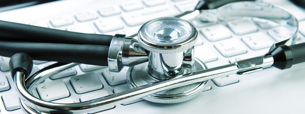 Cibercondría o hipercondría digital: forendoscopio y teclado de ordenador