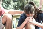 Caer enfermo el día de una maratón: chica deportista indispuesta