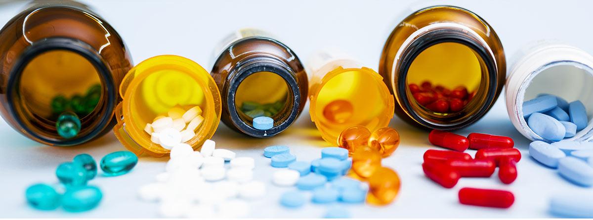 Combinación de medicamentos en dosis fijas: variedad de antibióticos