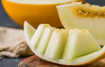 Melón, una de las frutas refrescantes del verano: melón